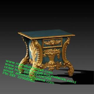 Mebel jepara mebel jati jepara mebel jati ukiran jepara nakas jati ukir klasik cat duco classic furniture jati jepara code NKSJ 171 NAKAS KLASIK JEPARA NAKAS CLASSIC ITALIAN FURNITURE GOLDLEAF