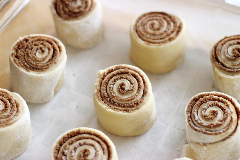 how to make homemade cinnabons
