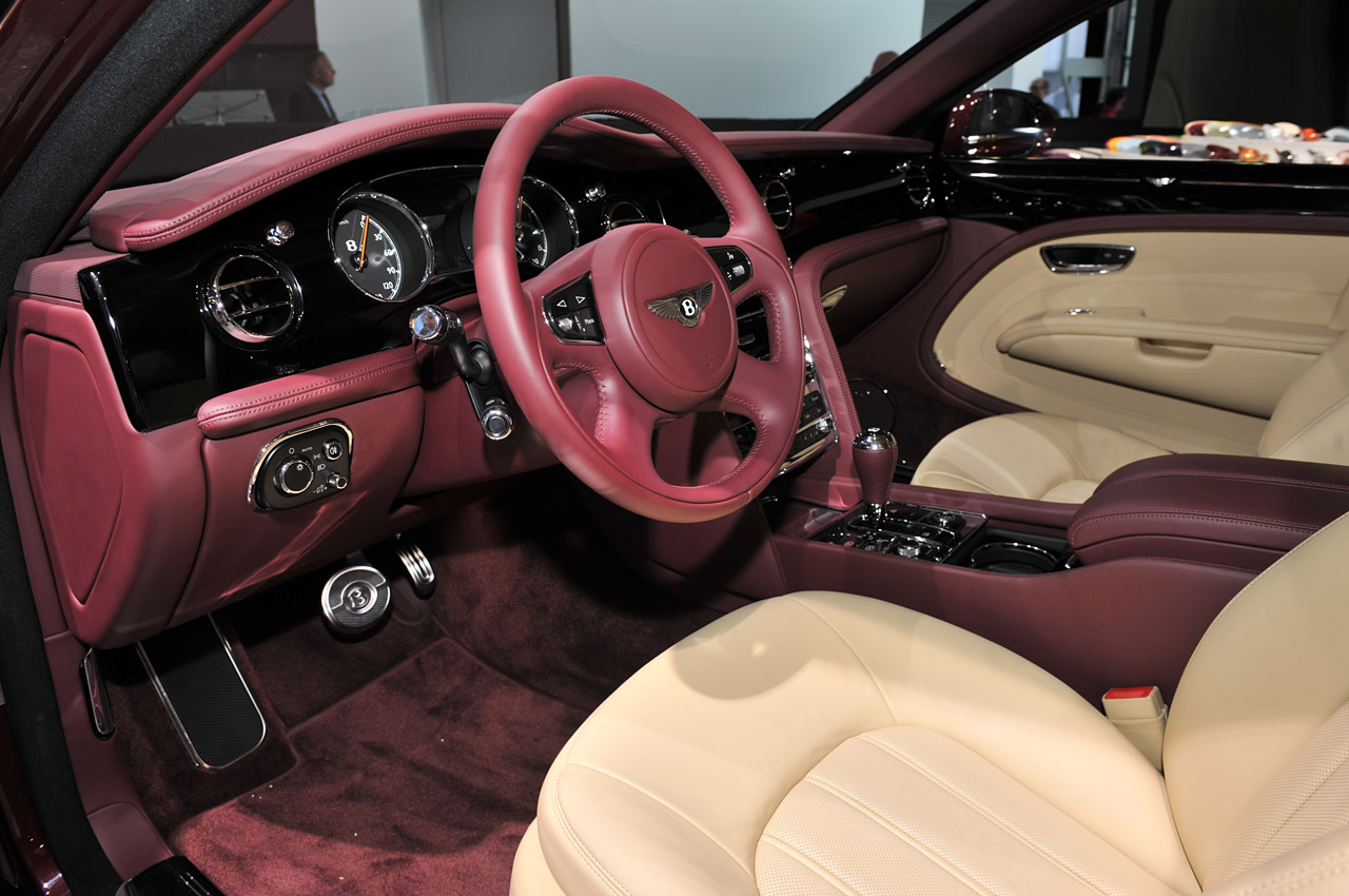 photos of antique cars and the latest bentley mulsanne. Black Bedroom Furniture Sets. Home Design Ideas