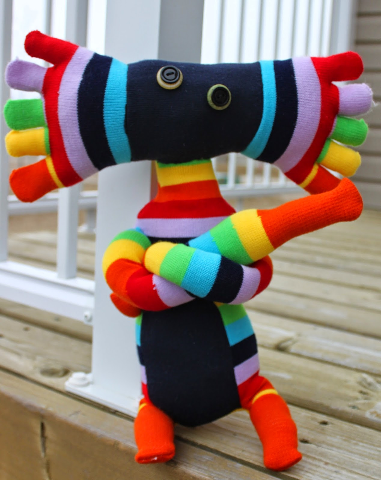 how to make sock creatures