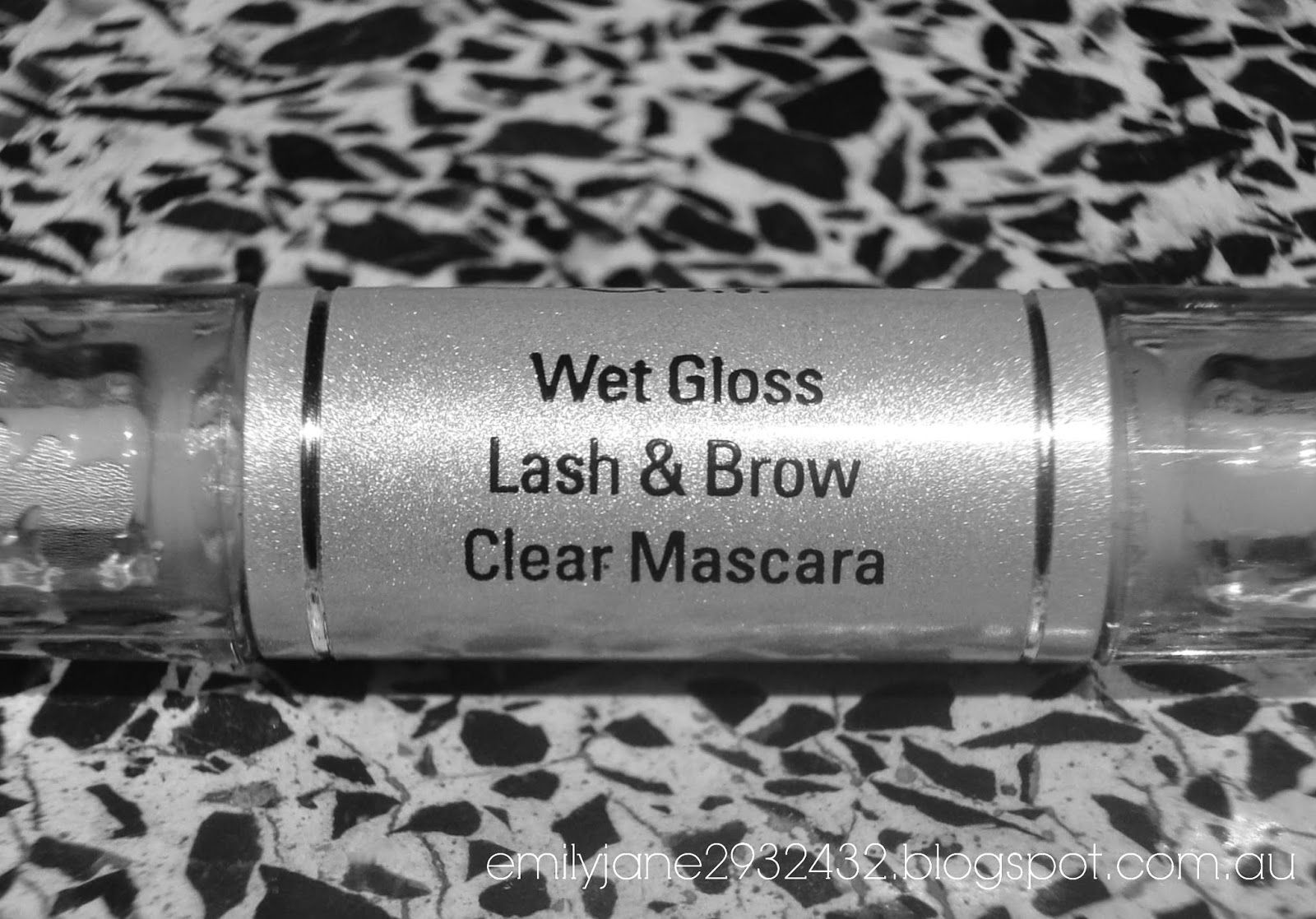 E.L.F Wet Gloss Lash & Brow Clear Mascara-2