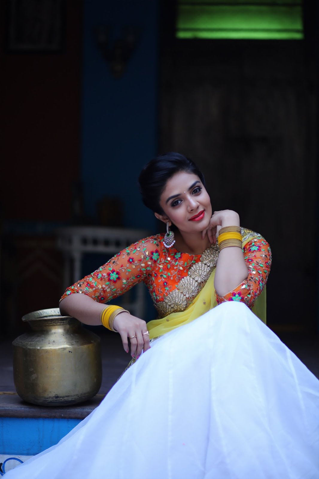 Pic of the Day : Sreemukhi - Pataas