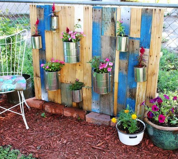 Un jard n vertical con palets y macetas jardines for Jardin vertical con palets