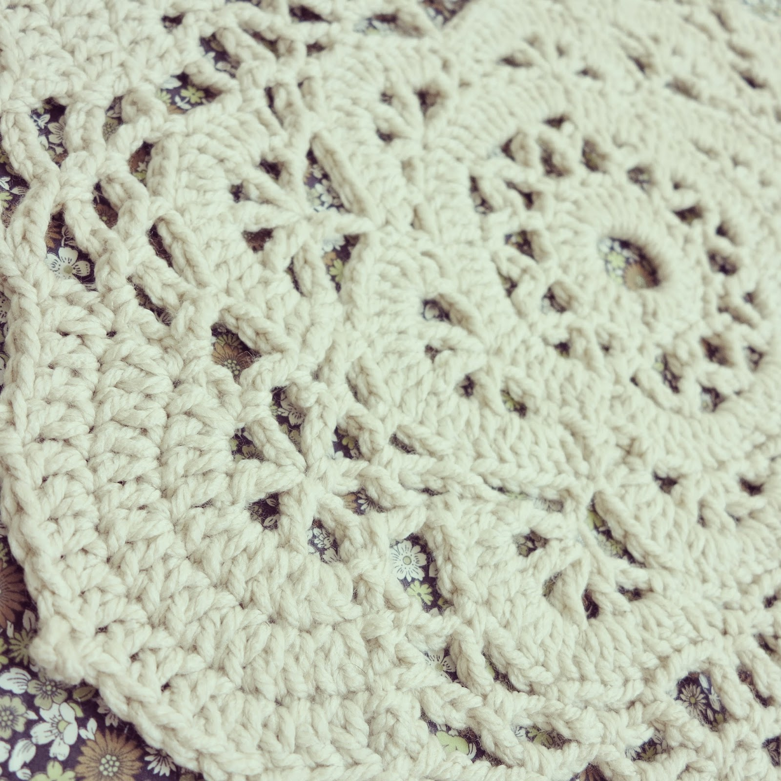 Crochet Patterns To Use Up Yarn : ByHaafner * crochet : Doilified Rug