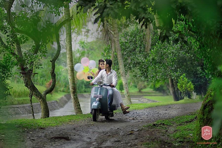 Pre Wedding Naik Vespa di Bali « Tips Fotografi