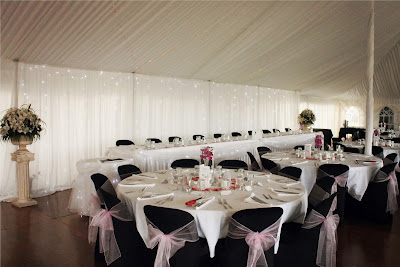 Pink and Black Wedding Tables