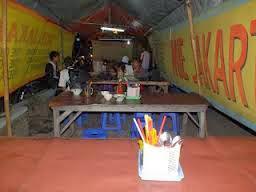 Warung Tenda (foto Akhfiya San)