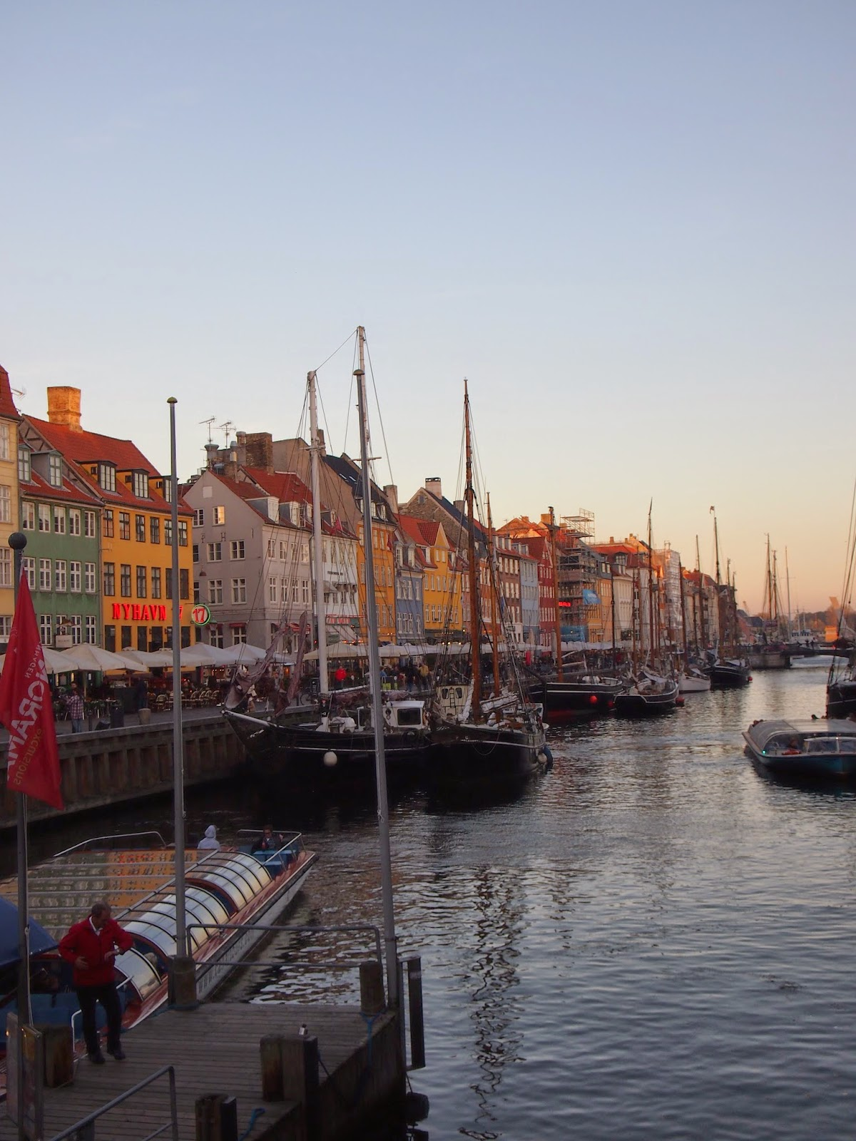 The colorful buildings of Nyhavn