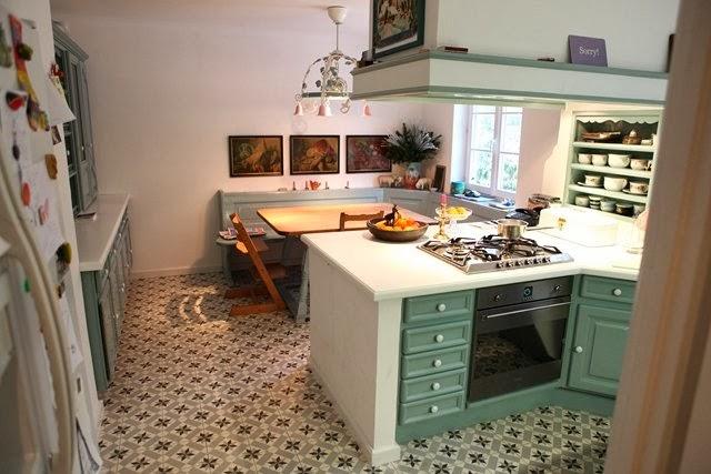 mosaico zementfliesen einmal schlemmen um die ganze. Black Bedroom Furniture Sets. Home Design Ideas