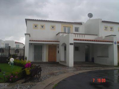 fachada de casa mexicana bonita