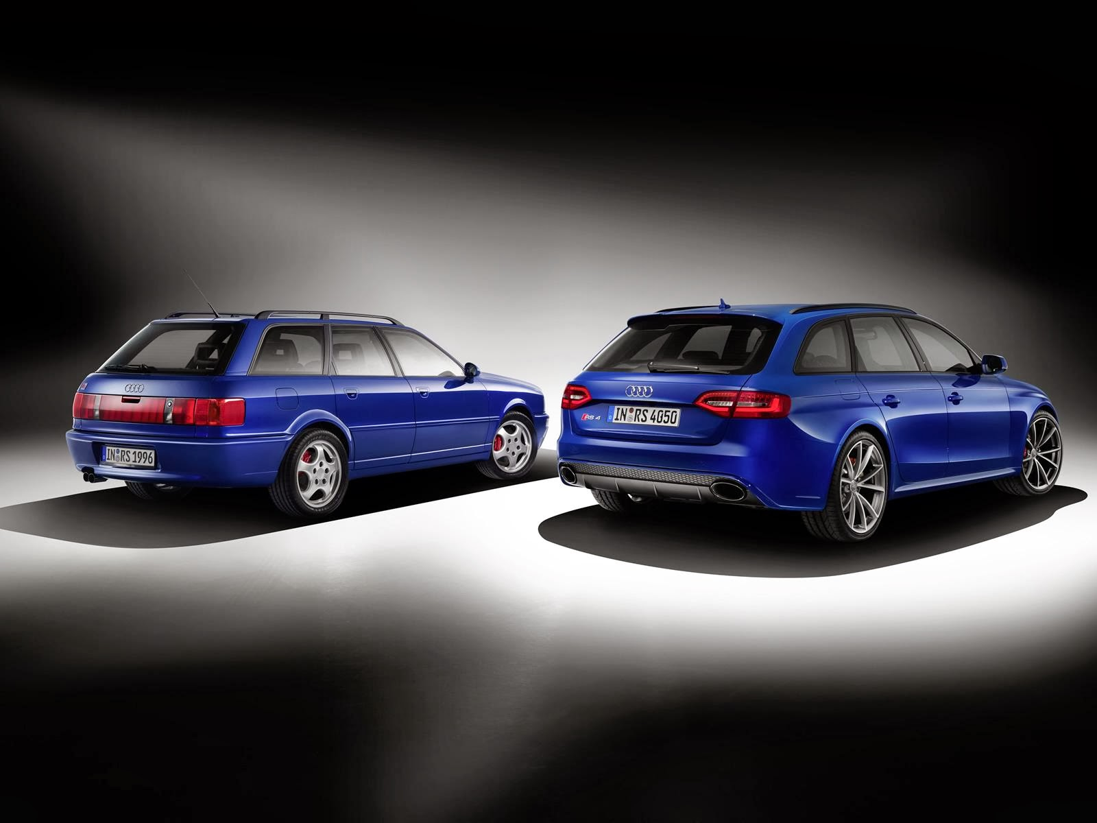 [Resim: Audi+RS4+Avant+Nogaro+selection+2.jpg]