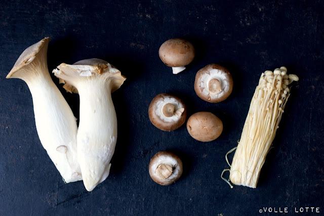 Quinoa-Pilzpfanne mit Babyspinat, Champignons, Kräuterseitling, Enokipilze, gesund, vegan, vegetarisch, kochen
