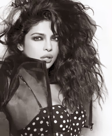 Priyanka-Chopra-Smokey-eye-makeup-&-roughed-up-hair