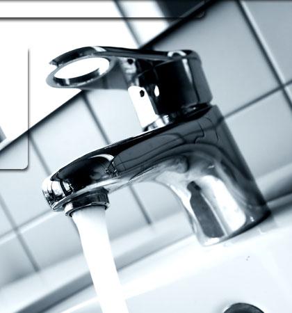 Idraulico fai da te come montare un rubinetto da soli - Non esce acqua calda dallo scaldabagno ...