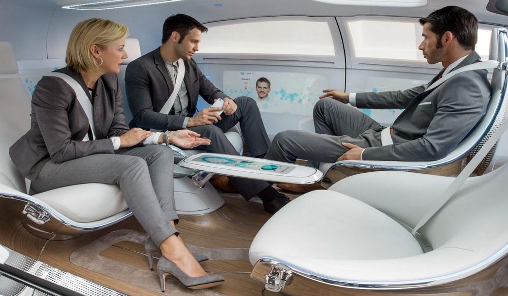 Mercedes'in Sürücüsüz Otomobili F 015 Luxury