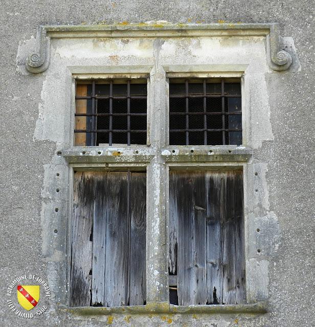 HAUSSONVILLE (54) - Maison-forte