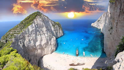 Isla y playa maravillosa en Zakynthos, Grecia.