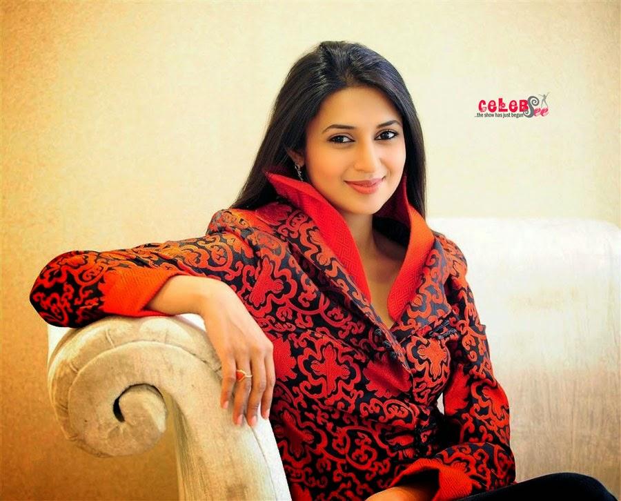 celebsview sweet and cute divyanka tripathi
