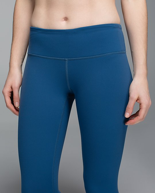 lululemon-hawk-blue-wunder-under-crops