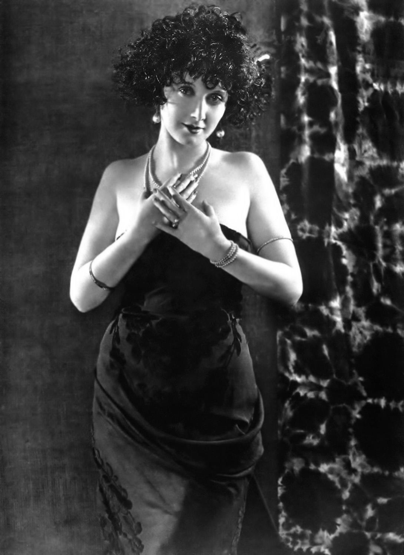 picture Mae Busch