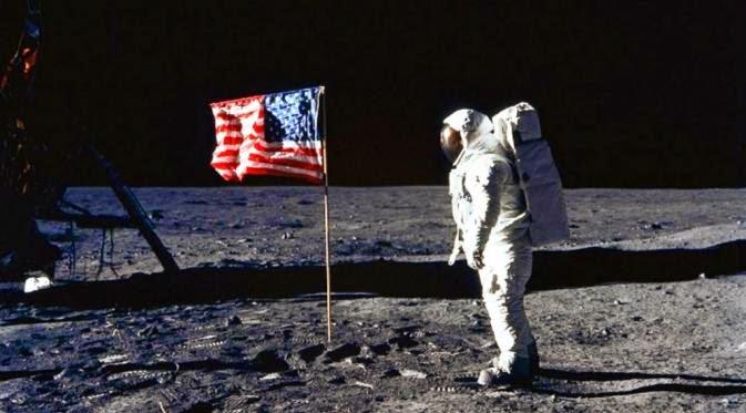 Konspirasi Rencana Meledakkan Bulan AS, dan Nazi, Uni Soviet