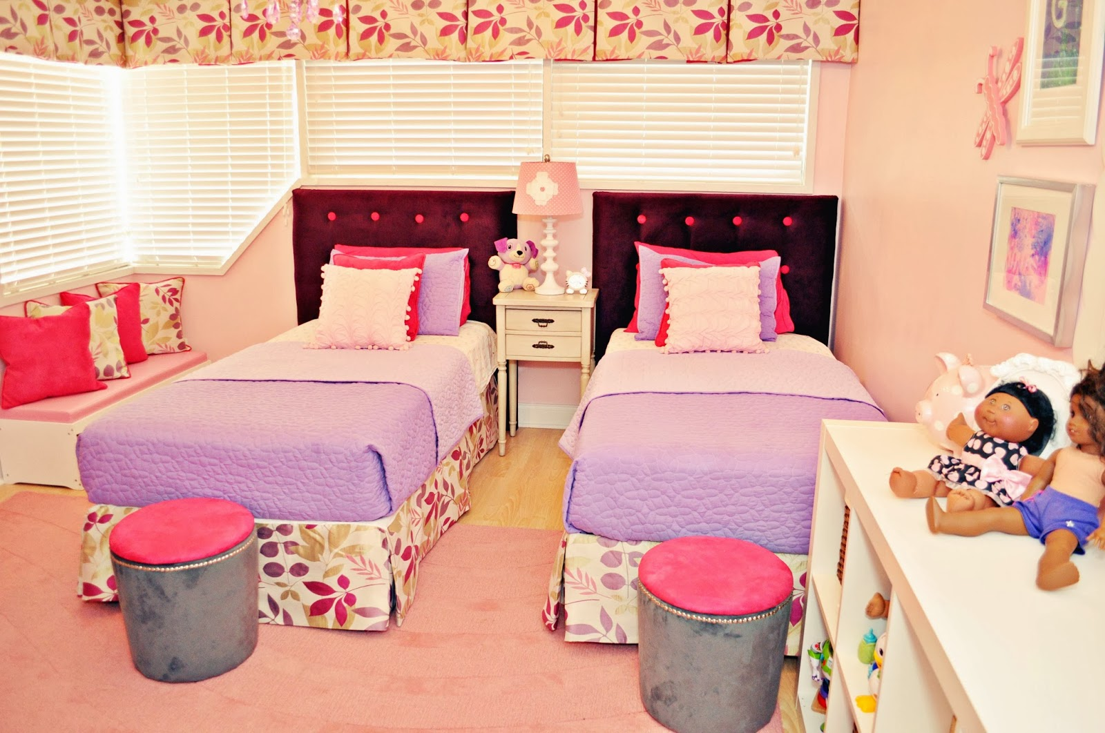 Live laugh decorate pink meets purple in our kids room reveal for 3 kids beds one room