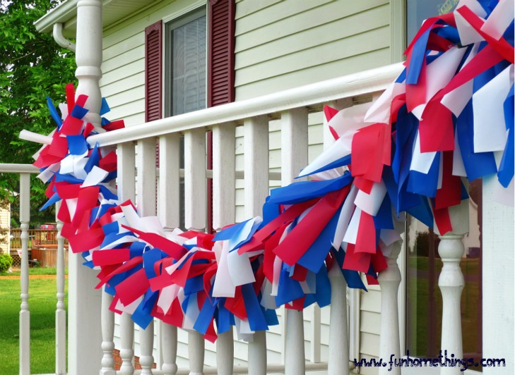 Diy patriotic outdoor garland fun home things for Decoration 4 july