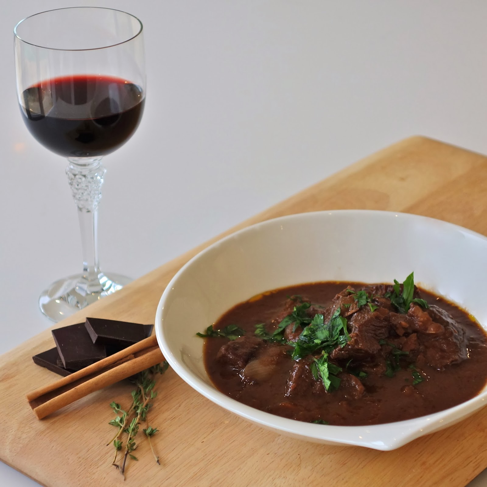 juicy JUICY green grass: Red Wine and Chocolate Beef Stew