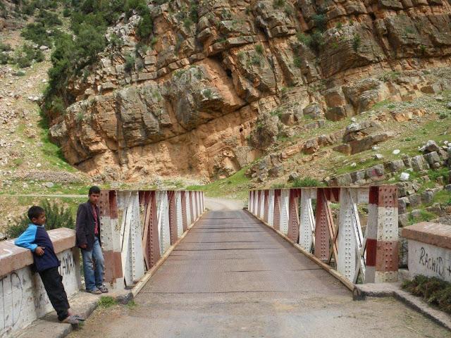 Na Terra do Sol Poente - Viagem a solo por Marrocos - Página 2 IMGP0512