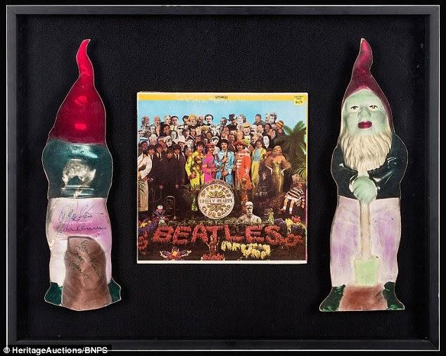 gnomos de jardim venda : gnomos de jardim venda:Gnomo autografado pelos Beatles da capa do Sgt Pepper foi vendido por