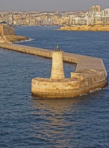 Lighthouse-Valletta-Malta