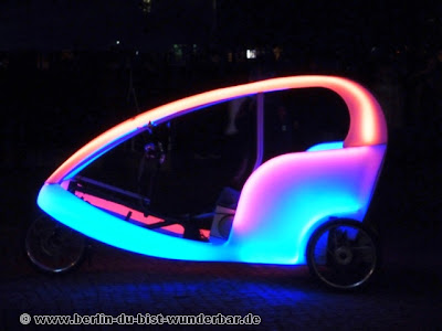 festival of lights, berlin, illumination, 2012, velo taxi