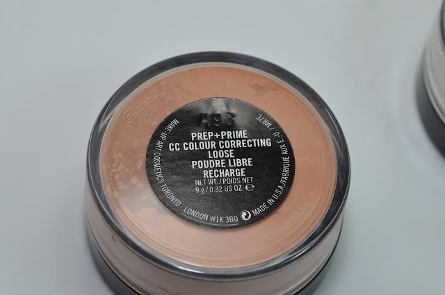 MAC CC Colour Correct Loose Powder in Recharge
