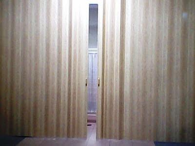 folding door,harga folding gate,rolling door,harga folding door,folding door drawing,folding door murah,folding door cad,folding door autocad block,folding door system,