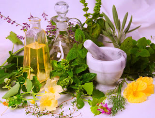 Natural Herbs and Supplements: 10 Ways to Ease Back Pain