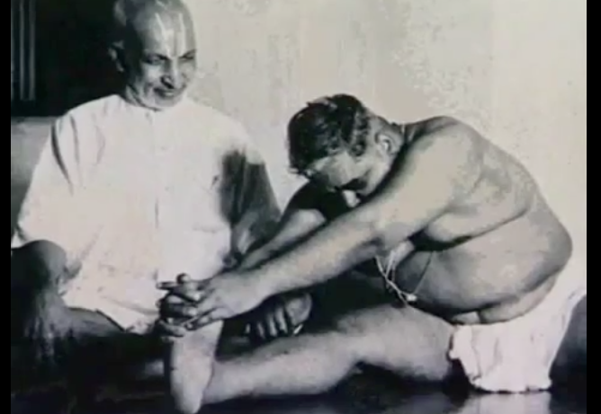 Tres aspectos del Yoga - Krishnamacharya