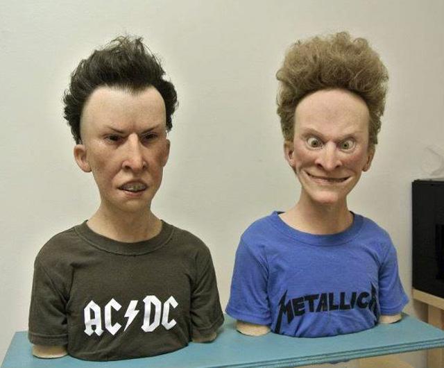esculturas-realistas-Beavis-e-Butt-head