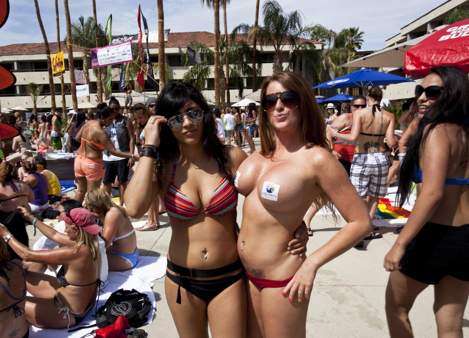 lesbian sex party