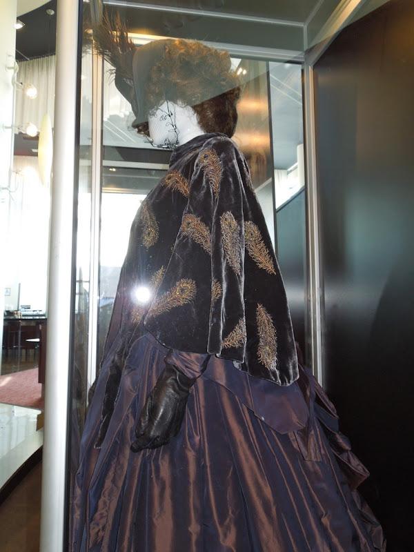 Anna Karenina 2012 costume