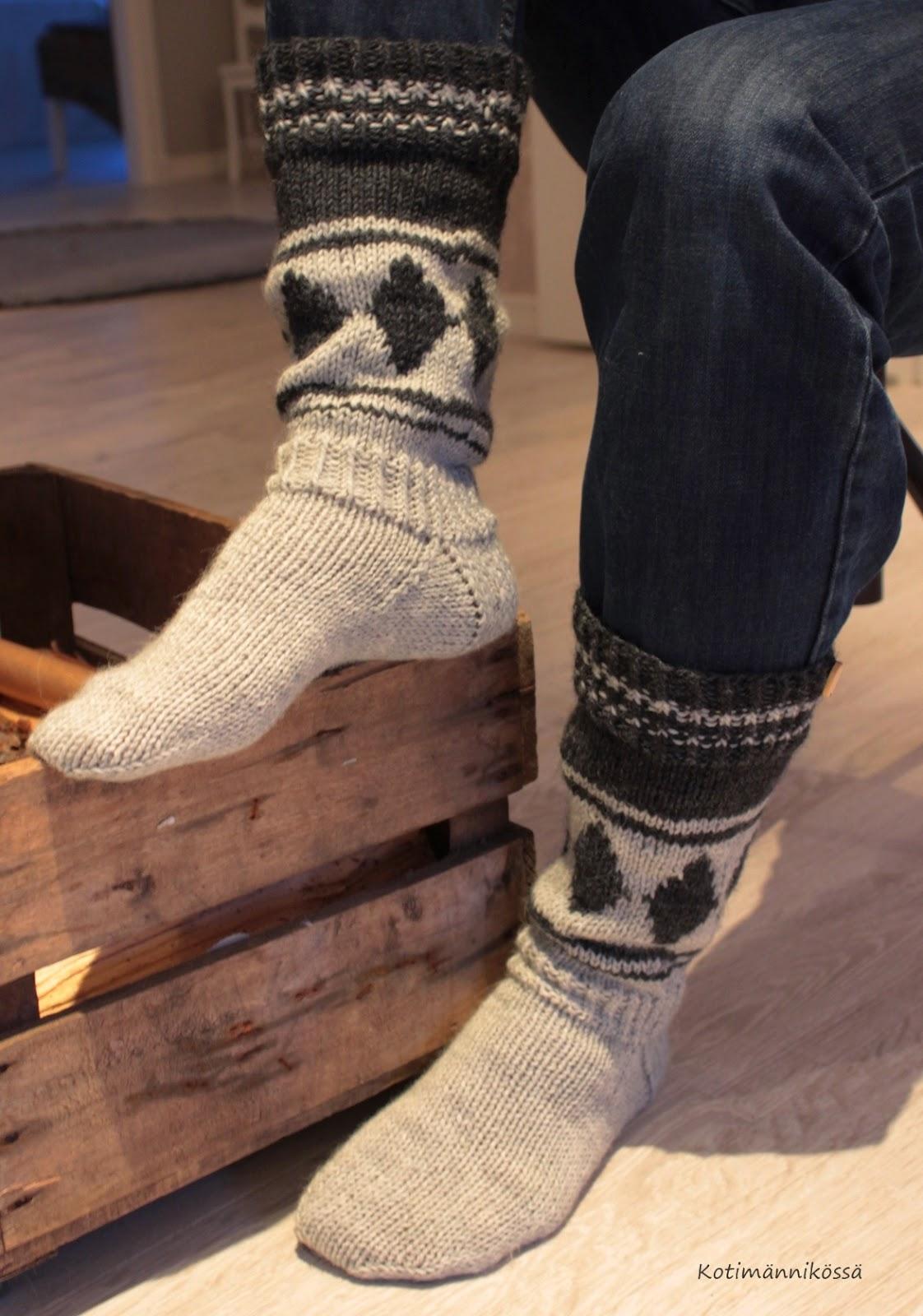 kirjoneulesukat, sukat miehelle
