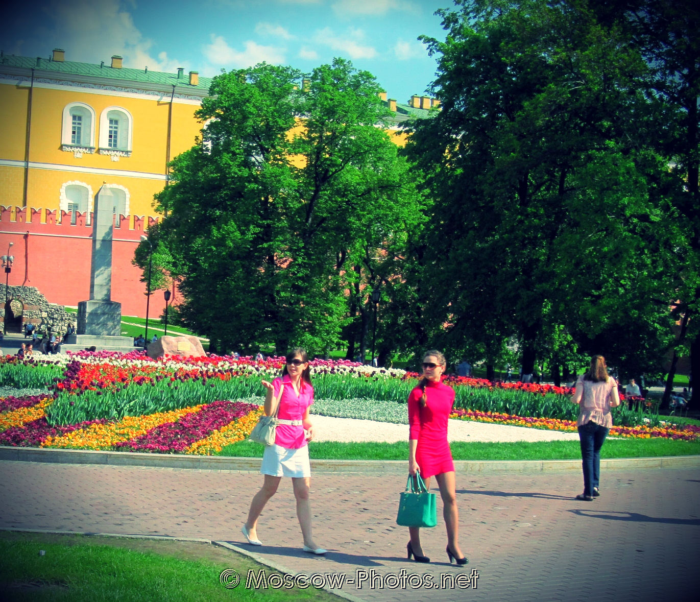 Summer in Moscow Alexander Garden