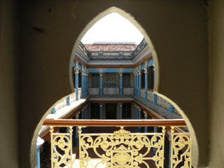 Karaikudi-Inside-View-Chettinad-Mansion