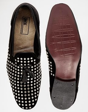 http://www.fashiola.co.uk/men/shoes/brogue-loafer/?p=1&ref-a=101632710