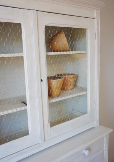 Les vieux meubles vaisselier proven al blanc gr ge c rus for Meuble ceruse blanc gris