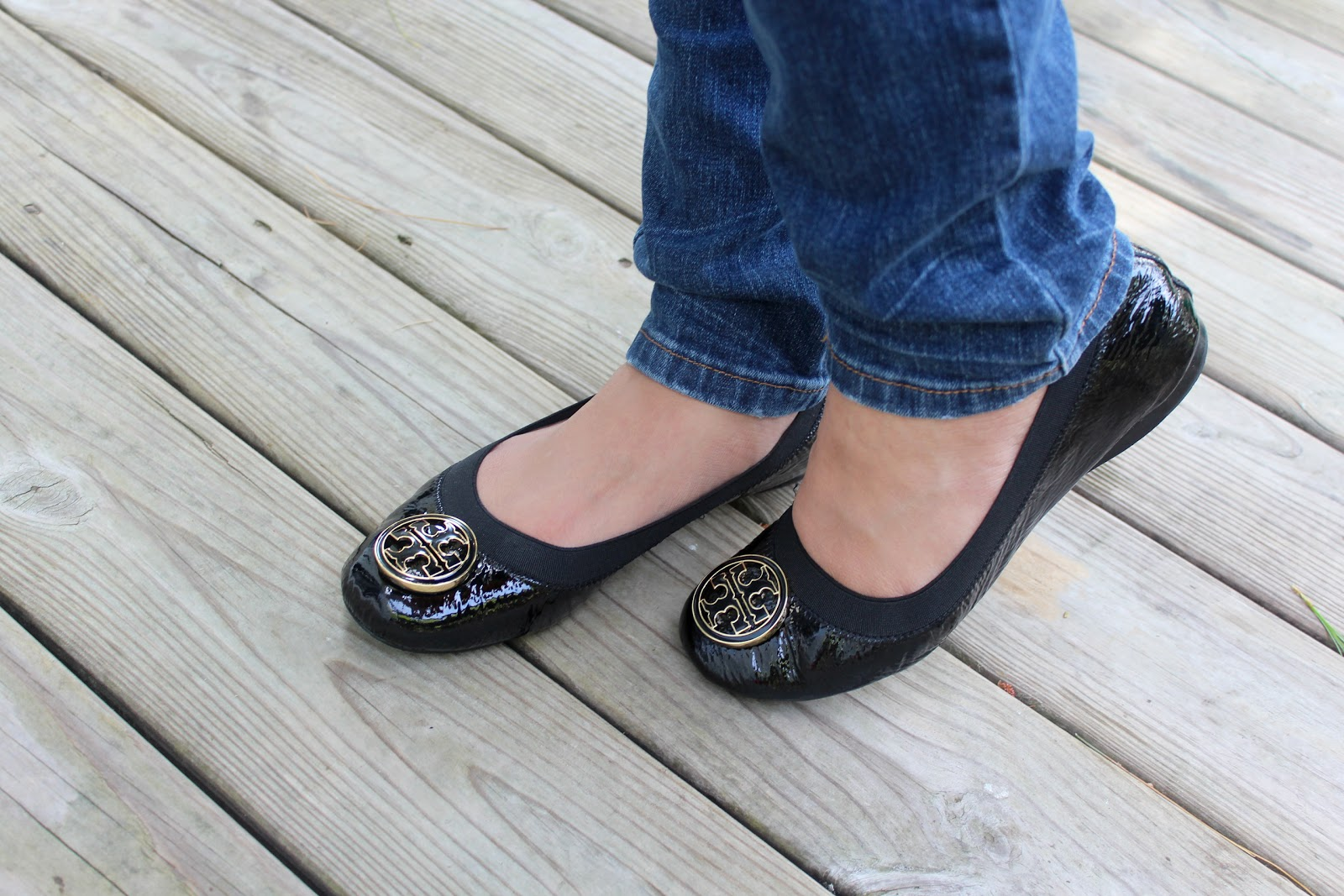 Tory Burch Caroline Ballet Flat Review - 'Vanessa Jhoy Blog. '