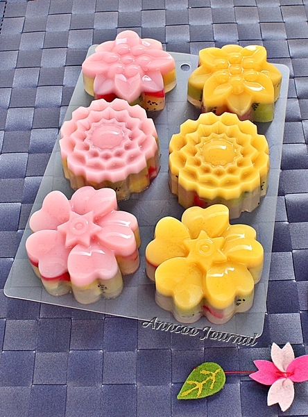 Easy Mooncake Images : Kiwifruit Jelly Mooncakes ??????? Anncoo Journal - Come ...