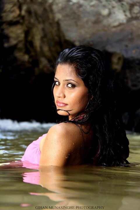 Sri Lankan Girls in Wet Dresses Looking Hot