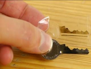 Crie suas cópias de chaves em casa