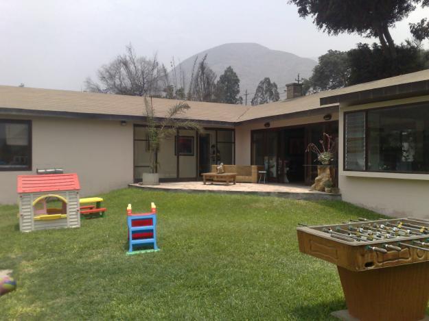 Distrito de chaclacayo en lima per for Casas en ele modernas