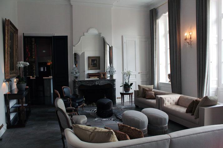 Good ... Zeit Für Eine Kurze Post Auf Der Anspruchsvoll Inneneinrichtung Diese  Neu Renovierte Hotel In Reims, Frankreich; Mit Innenarchitektur Von Bruno  Moinard.